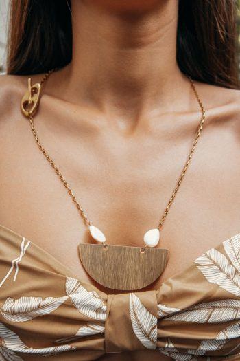 Κολιέ γυναικείο χρυσό με μαργαριτάρια καλλιέργειας